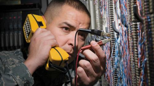 thiet-bi-nghe-len-1 Mối nguy hiểm từ những thiết bị nghe lén siêu nhỏ